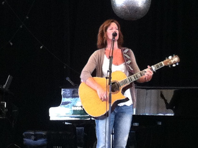 Sarah performing during the soundcheck.